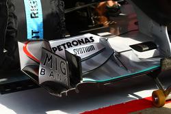 Mercedes voorvleugel