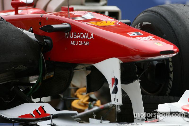 Auto van Fernando Alonso, Scuderia Ferrari na de crash in de vrije training
