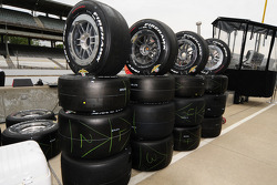 Indy 500 tires