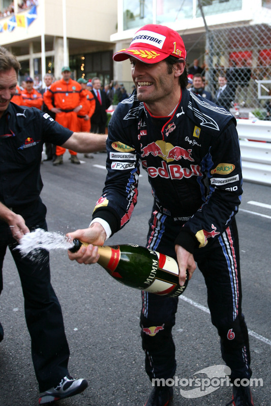Podium: first place Mark Webber, Red Bull Racing
