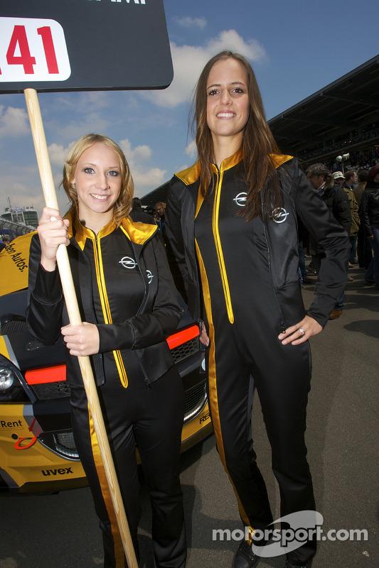 Opel girls