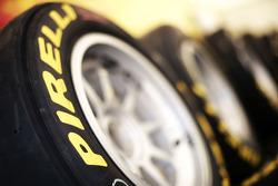Pirelli band en logo