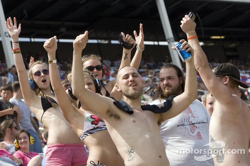 Crazy fans