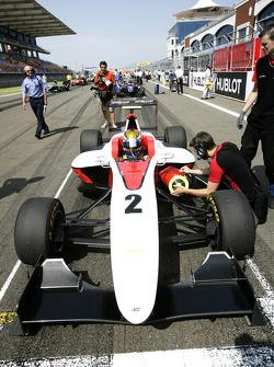 Esteban Gutierrez on the grid