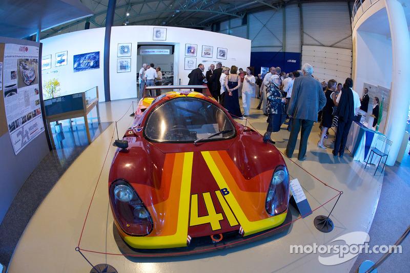 Ceremonie voor het herdenken van Jean Rondeau en Jean-Pierre Jaussaud van de 1980 24 Hours of Le Mans: overzicht