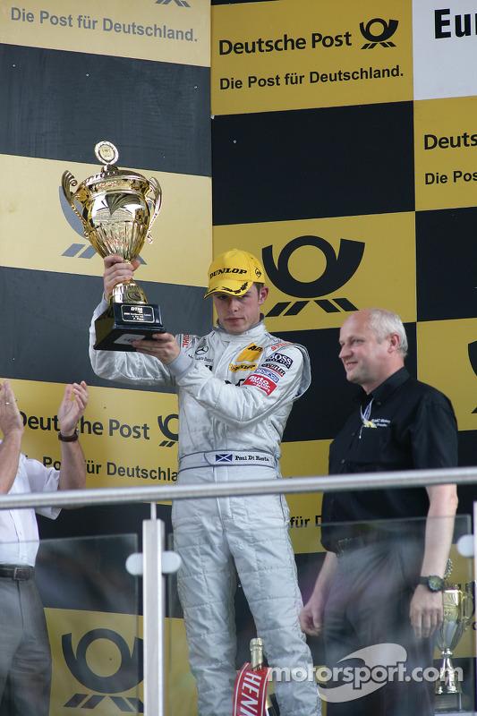Podium: seconde place pour Paul di Resta, Team HWA AMG Mercedes C-Klasse