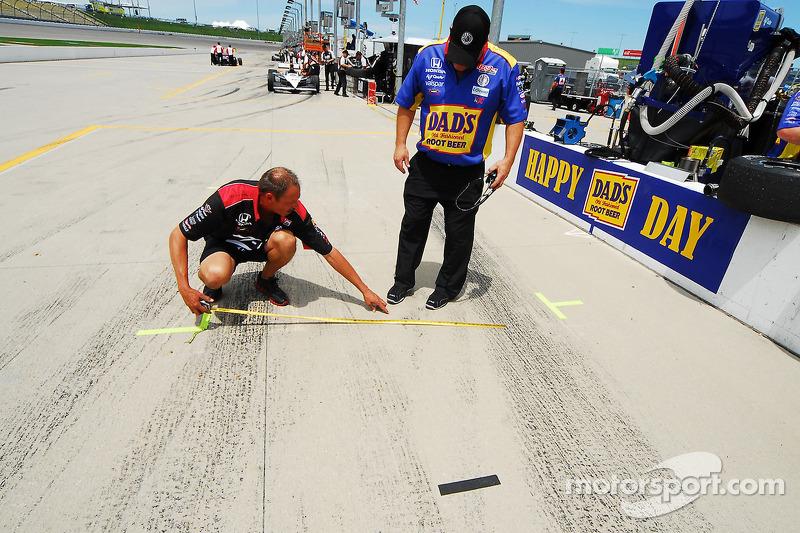Teamleden van Dreyer en Reinbold Racing