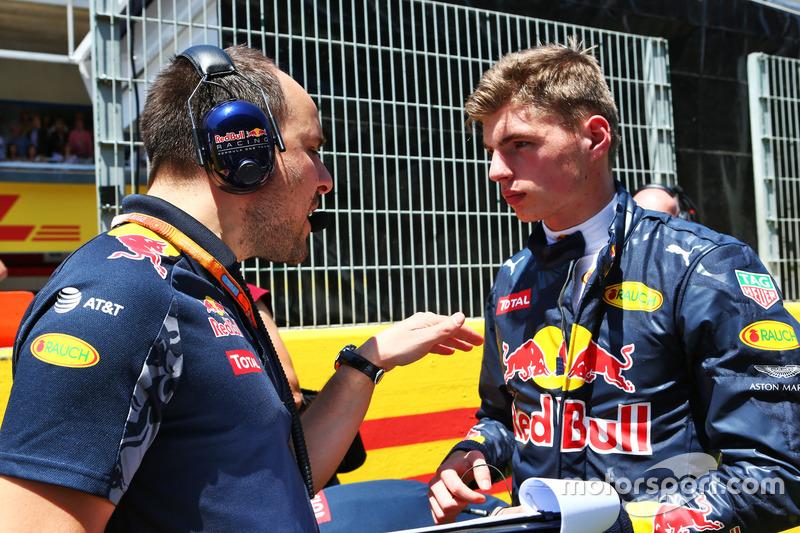 Max Verstappen con Gianpiero Lambiase, Red Bull Racing Engineer
