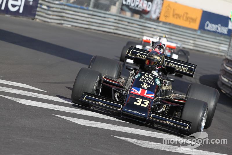 Max Smith-Hilliard,  Lotus 77