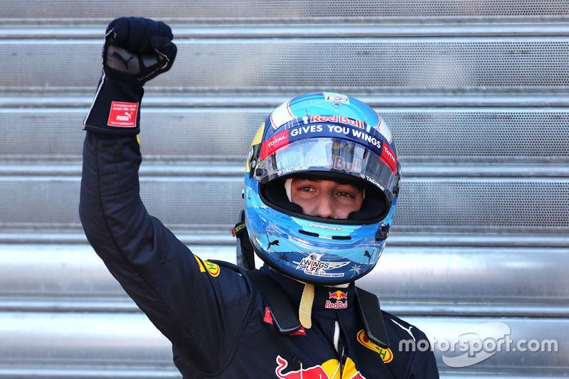 Обладатель поула Даниэль Риккардо также подготовил специальную раскраску шлема к Монте-Карло