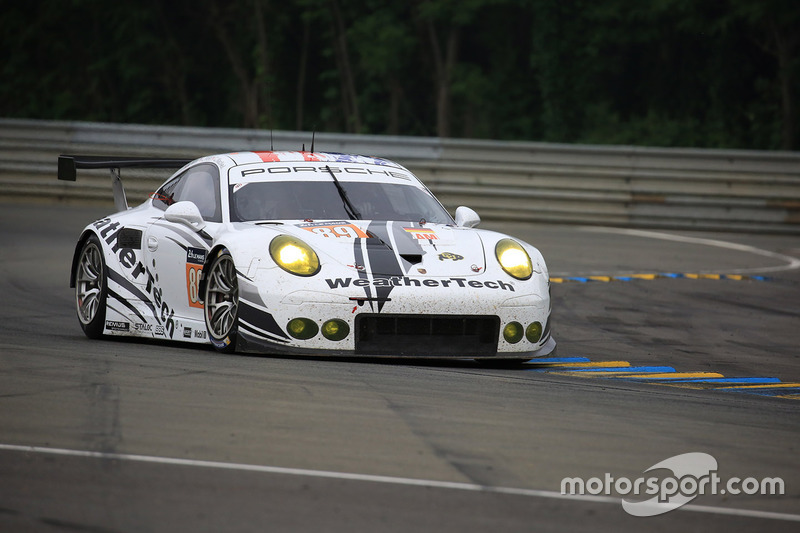 LMGTE Am: #89 Proton Competition, Porsche 911 RSR