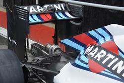 Williams FW38, dettaglio del posteriore