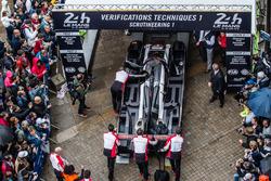 #1 Porsche Team Porsche 919 Hybrid, технічна інспекція