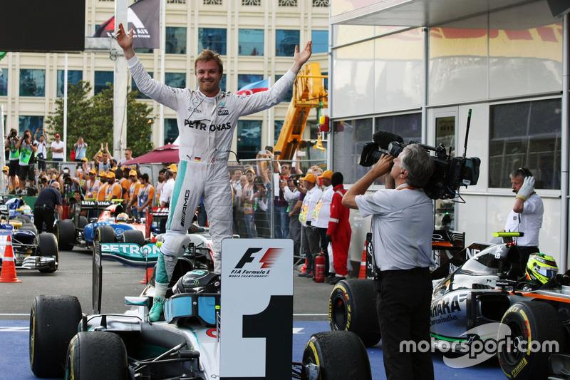Nico Rosberg celebra su triunfo en el GP de Europa