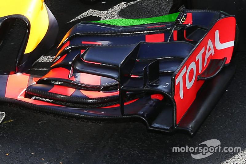 Red Bull Racing RB12 voorvleugel detail