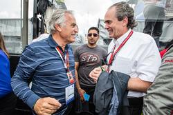 Motorsport.com's technical illustrator Giorgio Piola with Max Welti