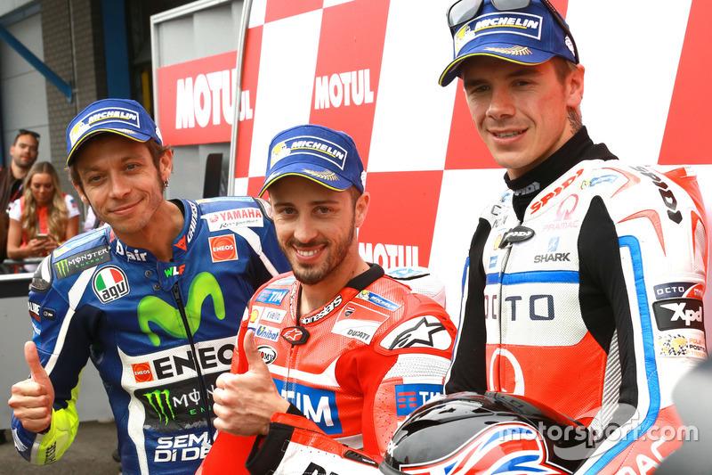 Ganador de la pole Andrea Dovizioso, Ducati Team, segundo clasificado Valentino Rossi, Yamaha Factory Racing,y el tercero Scott Redding, Pramac Racing