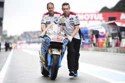 Marc VDS mechanics with Jack Miller, Marc VDS Racing Honda