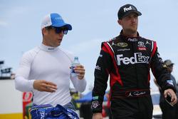 Jamie McMurray, Chip Ganassi Racing Chevrolet, Denny Hamlin, Joe Gibbs Racing Toyota