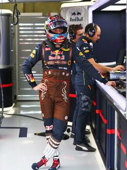 Max Verstappen, Red Bull Racing in Lederhosenrennanzug