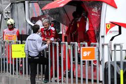 Toto Wolf, Mercedes AMG F1 Team, Maurizio Arrivabene, Team Principal, Scuderia Ferrari