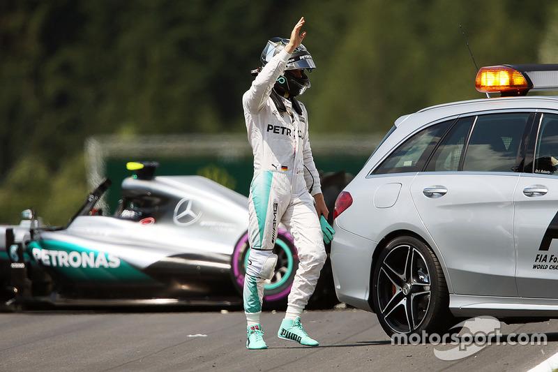Mercedes: 37 очков