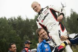 Ott Tanak, DMACK World Rally Team bersama Sテゥbastien Ogier, Volkswagen Polo WRC, Volkswagen Motorsport