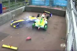 Lucas Di Grassi, ABT Schaeffler Audi Sport, Sébastien Buemi, Renault e.dams, incidente