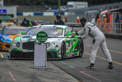 #8 Absolute Racing Bentley Continental GT3: Jonathan Venter, Keita Sawa