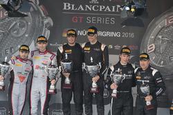 Podium: winnaar #58 Garage 59 McLaren 650S GT3: Rob Bell, Alvaro Parente, tweede plaats #28 Belgian Audi Club Team WRT Audi R8 LMS Ultra: Will Stevens, René Rast, derde plaats #86 HTP Motorsport Mercedes AMG GT3: Jules Szymkoviak, Bernd Schneider