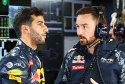Daniel Ricciardo, Red Bull Racing with Simon Rennie, Red Bull Racing Race Engineer