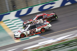 Brad Keselowski, Team Penske, Ford; Cole Custer, JR Motorsports, Chevrolet