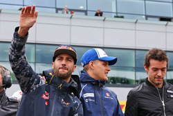 (L to R): Daniel Ricciardo, Red Bull Racing with Marcus Ericsson, Sauber F1 Team and Jolyon Palmer, Renault Sport F1 Team on the drivers parade