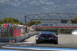 #55 Massive Motorsport, Aston Martin Vantage GT3: Casper Elgaard, Kristian Poulsen, Nicolai Sylvest,  Roland Poulsen, Nicki Thiim