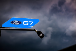 مرأب السيارة رقم 67 فريق فورد شيب غاناسي فورد جي تي