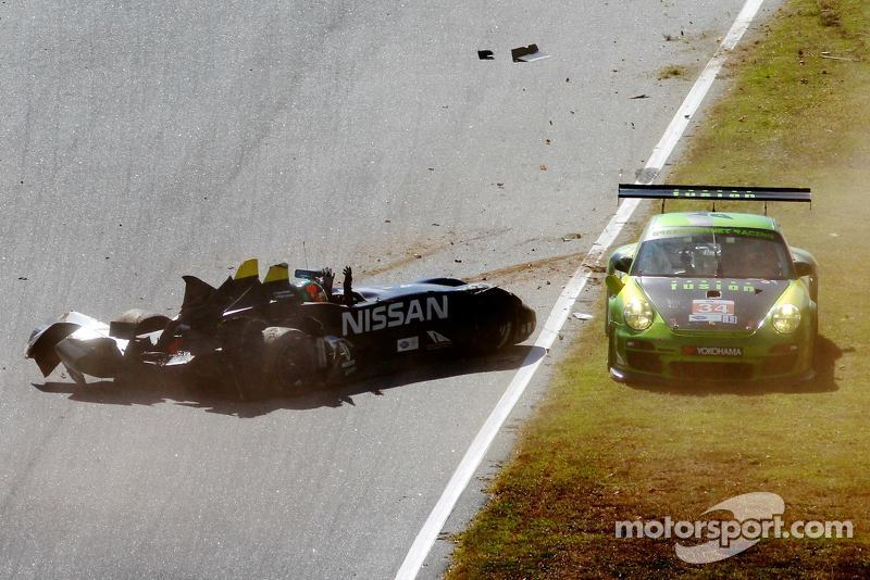 More photos of that Deltawing crash found on fb!
