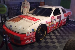 Alan Kulwicki Hooters #7 Thunderbird in Memory Lane