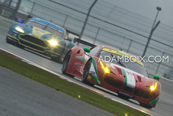 Ferrari GTEAm Leads Aston GTEPro