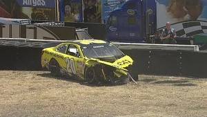 Earnhardt taps Kenseth, who hits tire wall hard