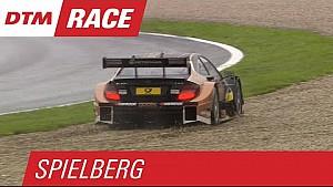Les pilotes Mercedes dans les graviers - DTM Spielberg 2015