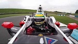 Bruno Senna vuela en Donington Park