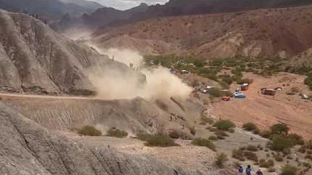 El accidente de Carlos Sainz en el Dakar 2017