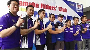 Pata Yamaha Official WorldSBK Alex Lowes visiting Yamaha riders club Bangkok
