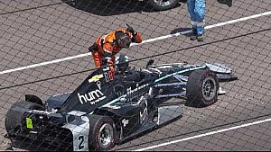 Josef Newgarden crashes during Indy 500 practice