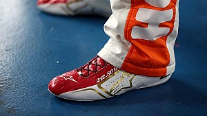 Chase's special shoes honor 'Awesome Bill'