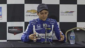Esteban Gutierrez en conferencia de prensa en Detroit en IndyCar