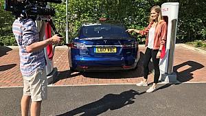CNN Supercharged : Nicki Shields à bord de la Tesla S 100D