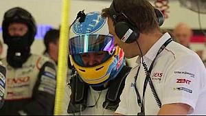 Aksi Fernando Alonso di tes pemula WEC 2017