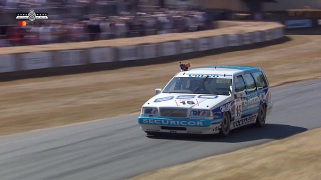 Rydell conduce el Volvo 850 Estate en Goodwood